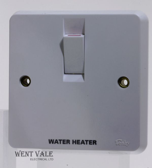 "Tenby Glacier - 7048WH - 20a D/Pole Switch + Flex Outlet Marked ""Water Heater"""